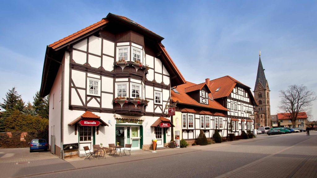 Hotel Keppler´s Ecke - Außenansicht vom Eingang zum Einscafé